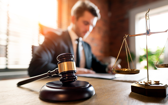 The 6 Most Important Traits for a Law Firm Manager
